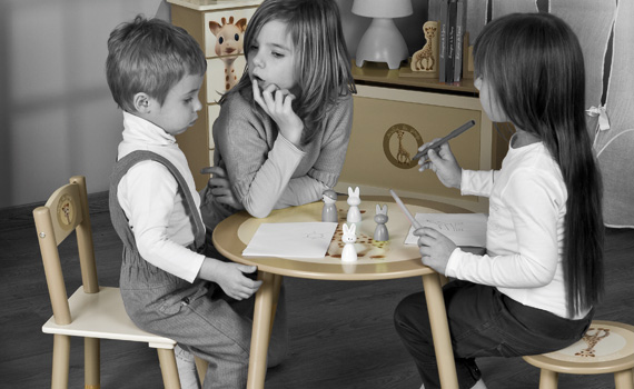 Girafe Et La Sophie Table Chaise JouetDes Jeux gY6bfIy7v